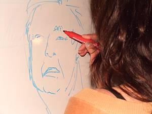 une participante à la Formation en Logothérapie dessine une caricature